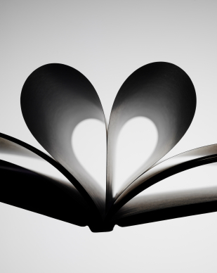 For the Love of Books_blog thumbnail pic_book heart
